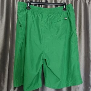 The North Face men's XL swimm trunks green used